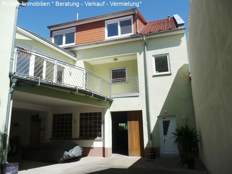 Carport mit WE2 und Hinterhaus WE3